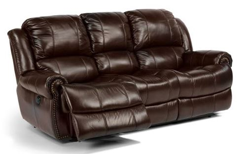 Leather cleaning on a couch